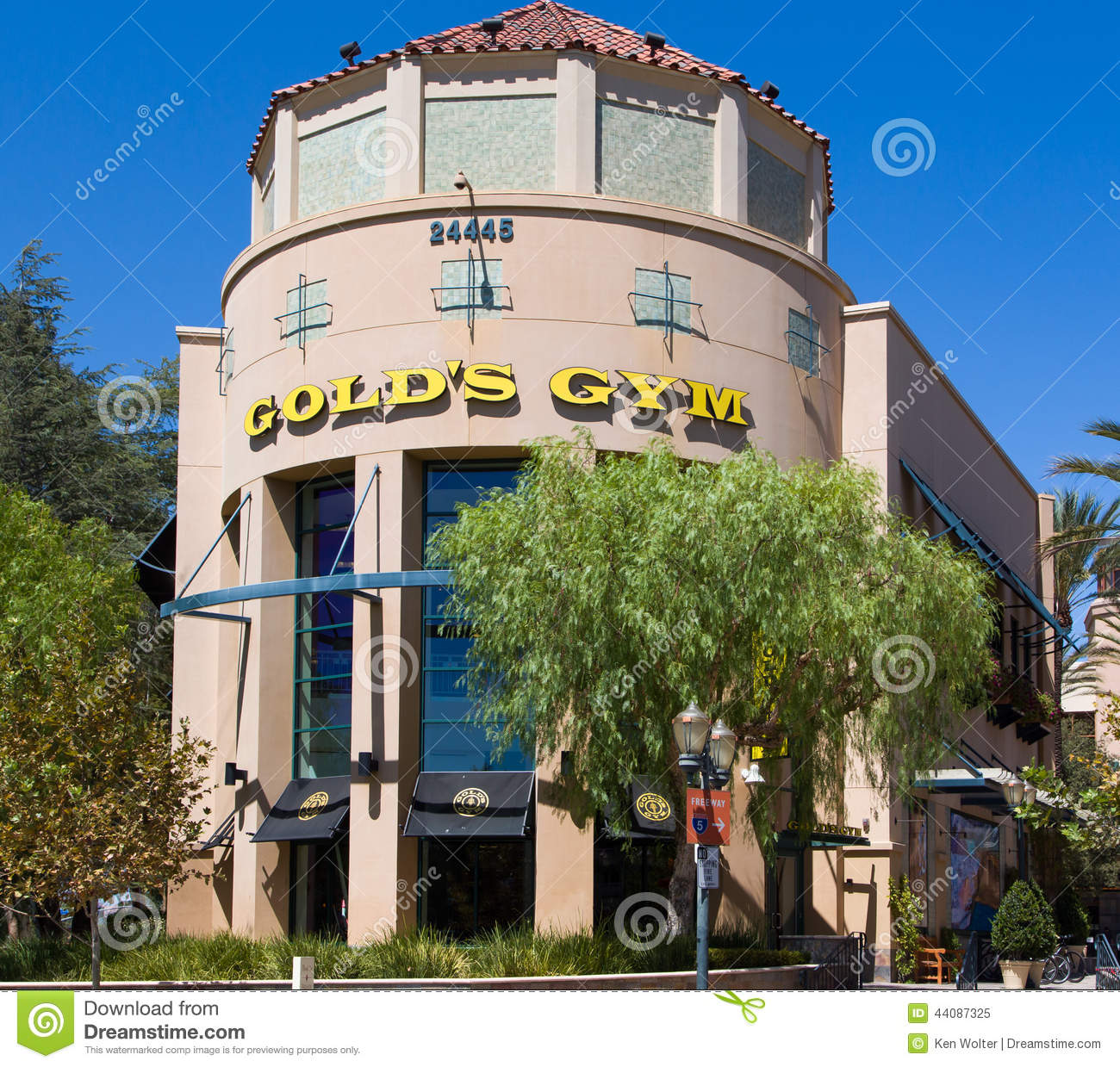 gold's gym exterior. editorial image. image of recreational - 44087325