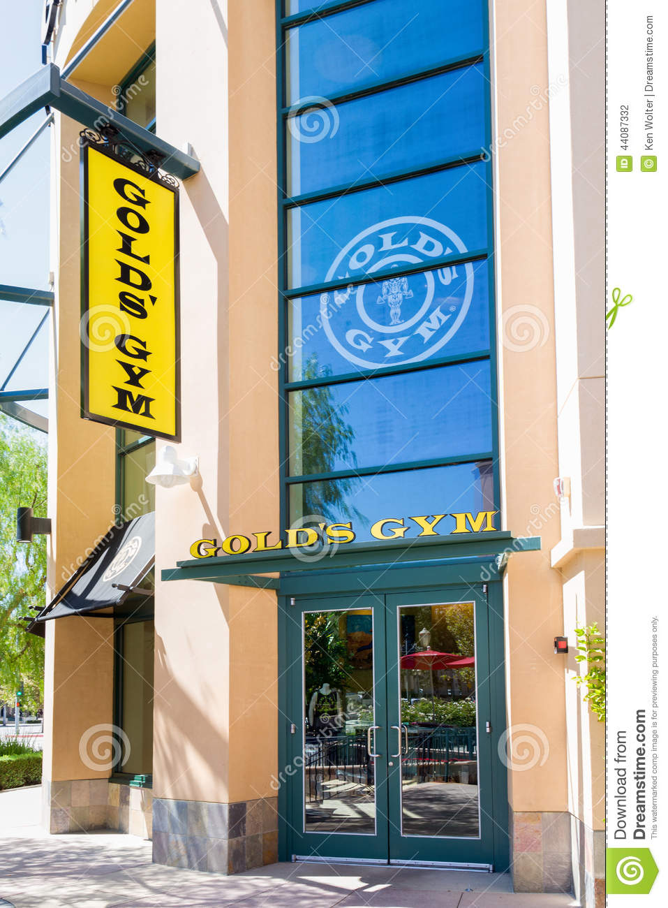 gold's gym exterior. editorial photography. image of building - 44087332