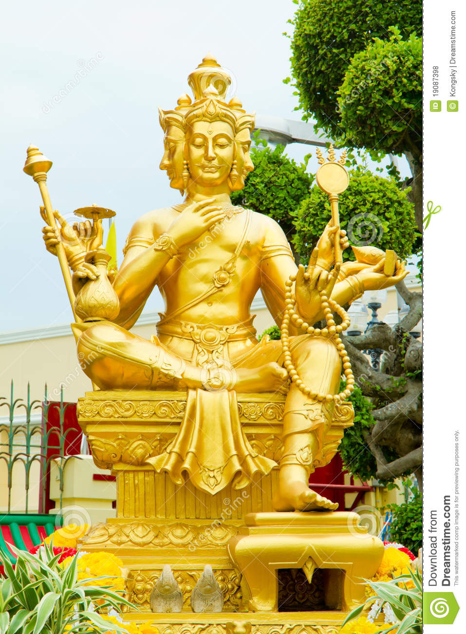 Gold Statue Of Brahma Royalty Free Stock Photos Image