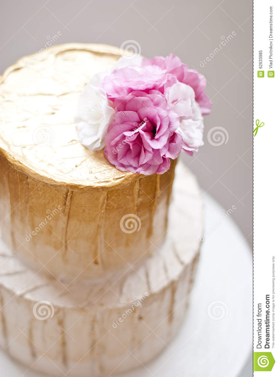 Gold And White Wedding Cake Stock Image Image Of Setting Cater