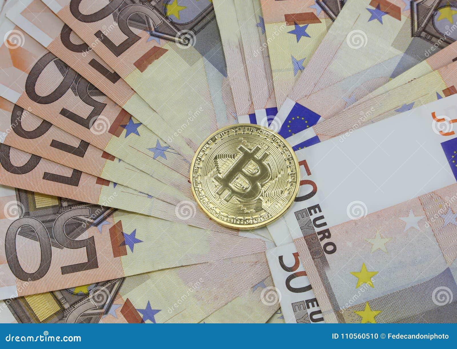 Bitkoinas nukrito žemiau 30 000 dolerių ribos