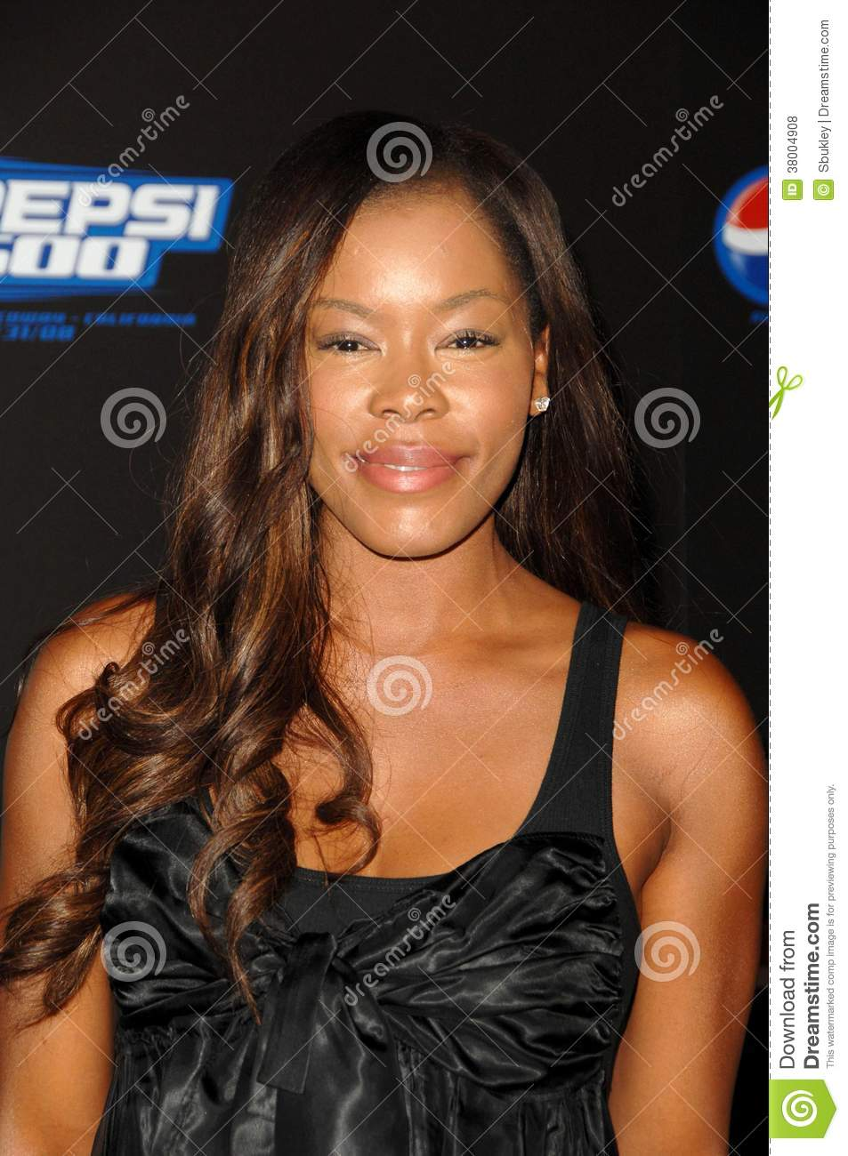 Watch Golden Brooks video
