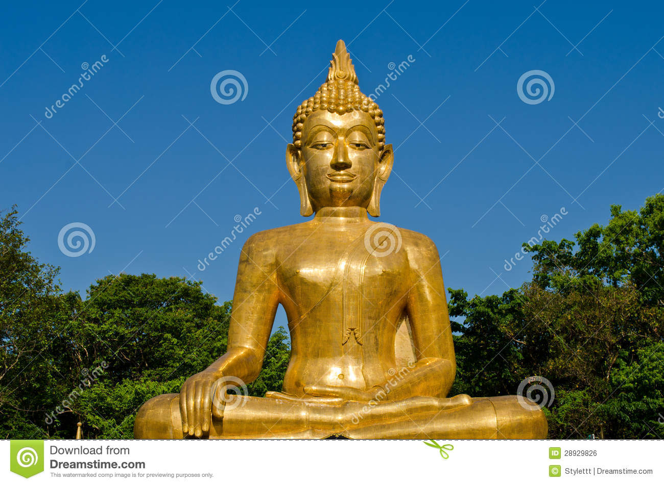 golden buddha statue at temple of thailand royalty free stock image image 28929826. Black Bedroom Furniture Sets. Home Design Ideas