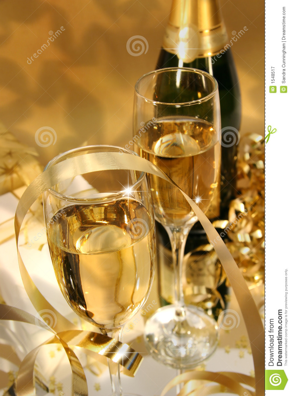 Golden Champagne Sparkle Stock Image Image Of Glass