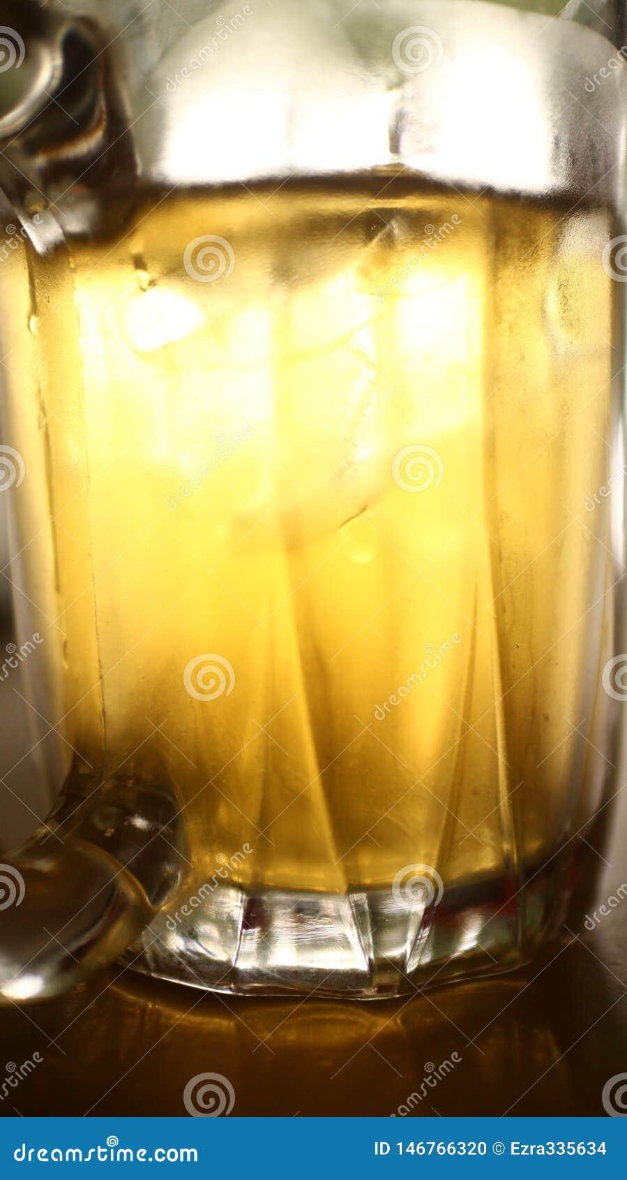 Golden Chinese Tea