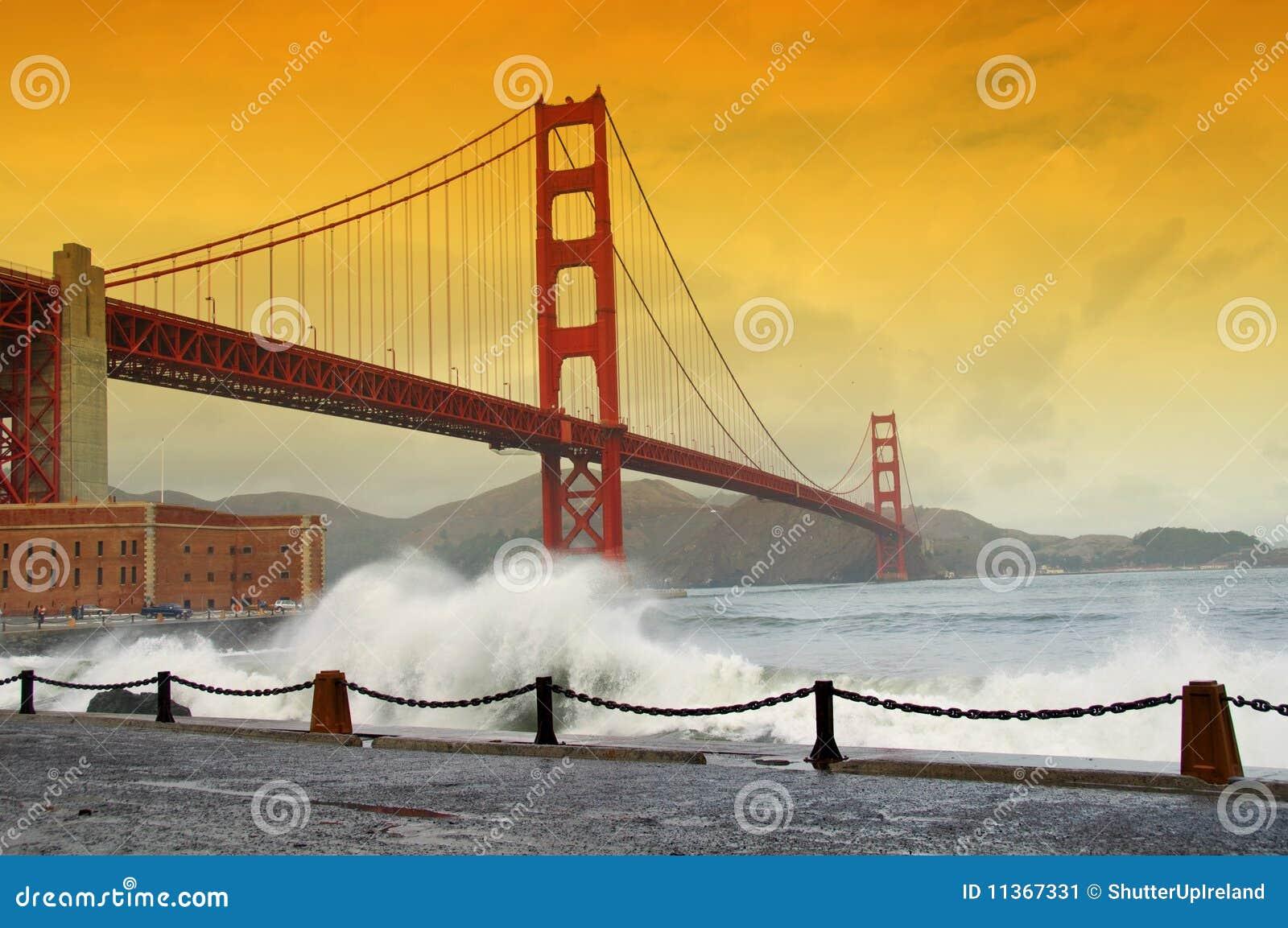Golden gate bridge, san francisco, ca, usa