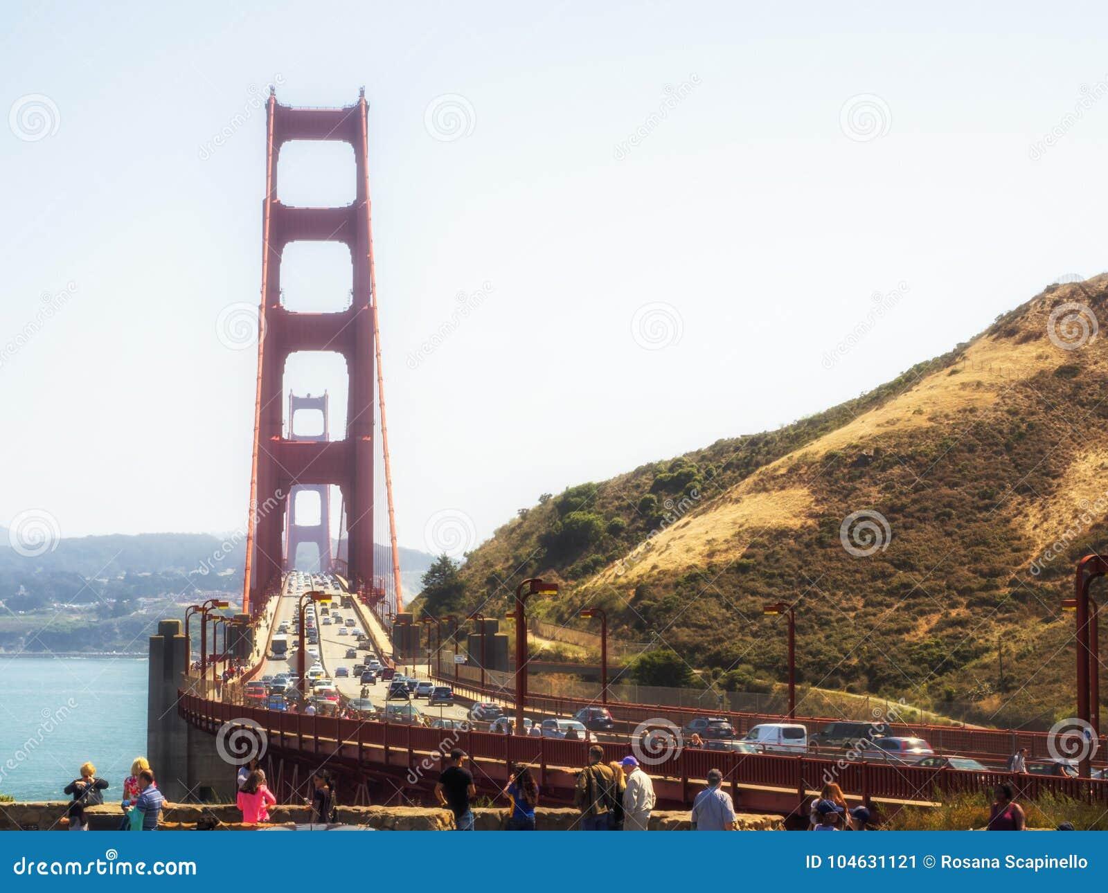 Download Golden Gate Bridge - San Francisco, Californië Redactionele Foto - Afbeelding bestaande uit francisco, oriëntatiepunt: 104631121