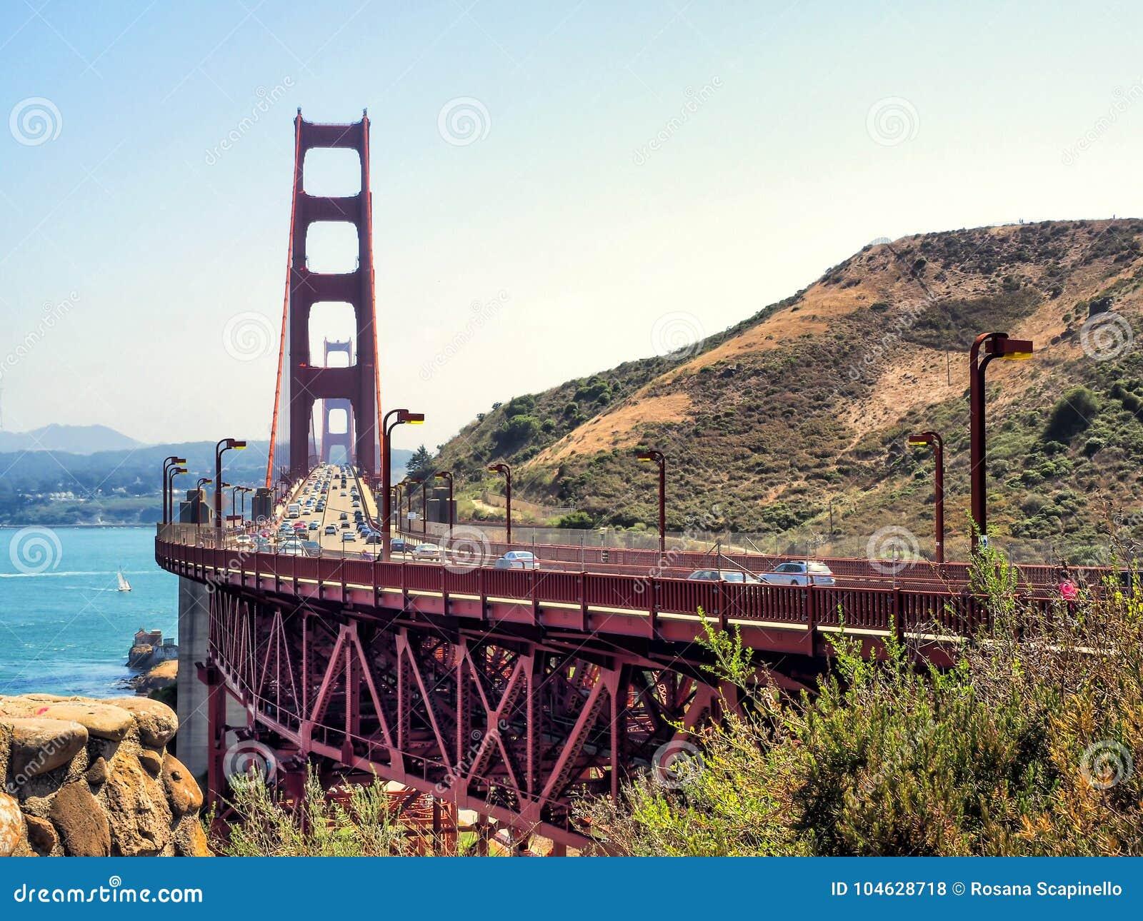 Download Golden Gate Bridge - San Francisco, Californië, CA Stock Foto - Afbeelding bestaande uit cityscape, kabel: 104628718