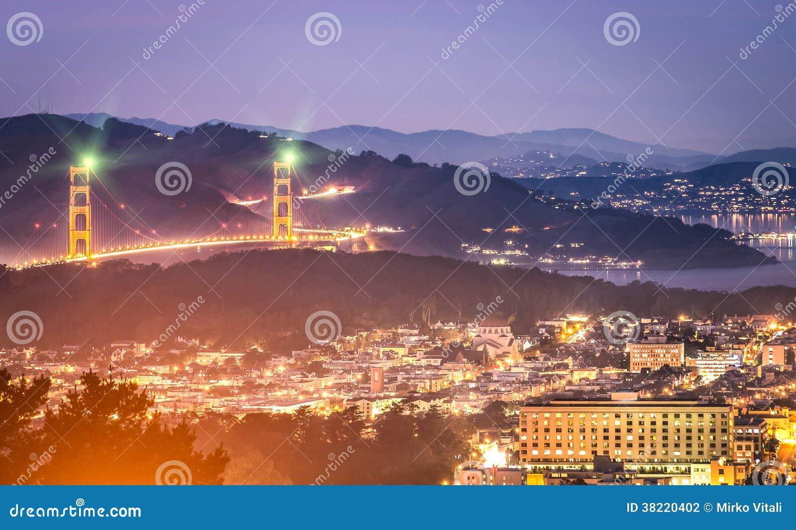 Golden gate bridge san francisco by night stock photo for Golden night