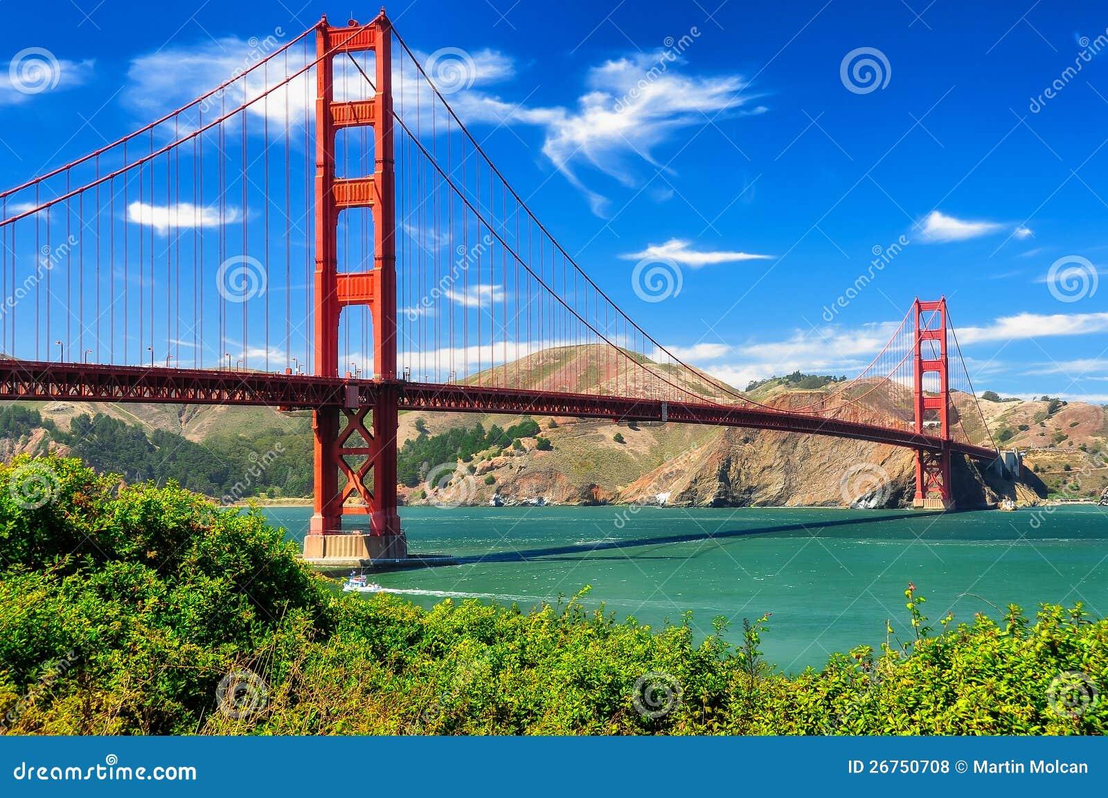 Royalty Free Stock Photos  Golden gate bridge vivid day landscapeGolden Gate Bridge At Day