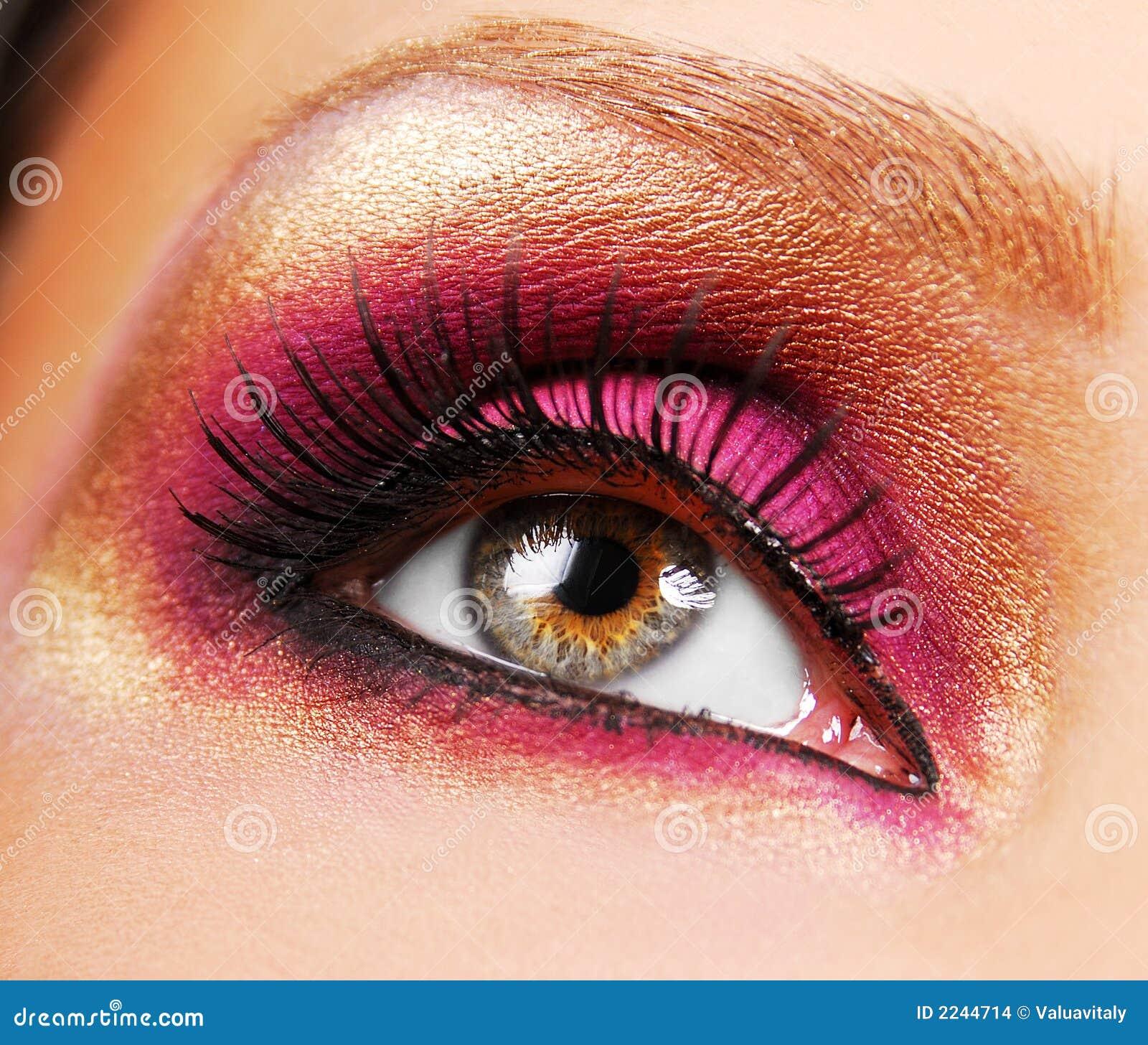 Golden make-up.