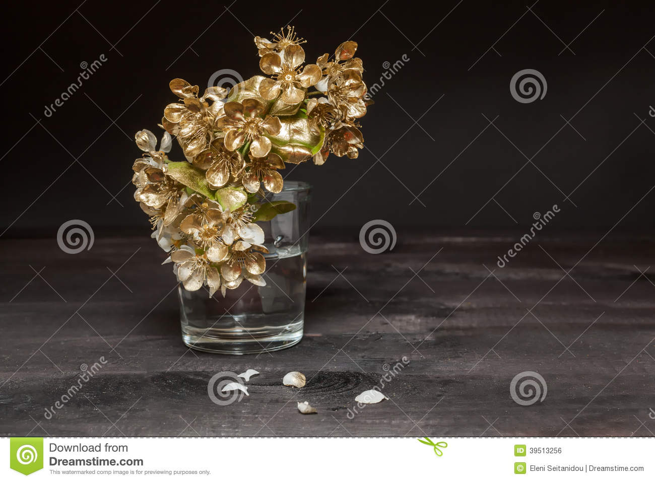 Golden Pear flowers