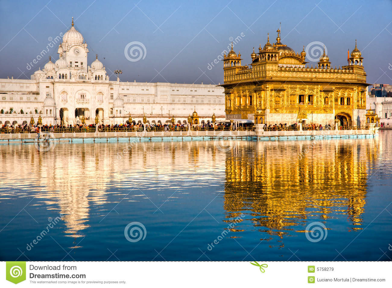 essay of golden temple