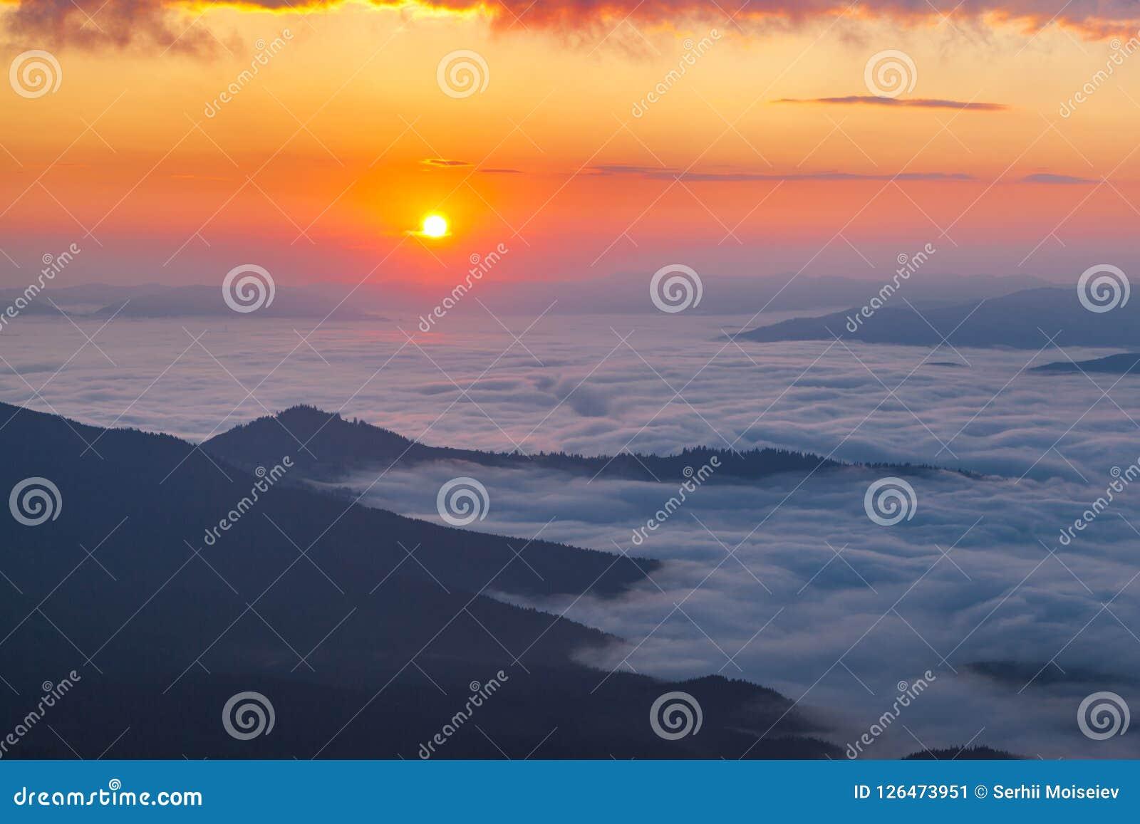 Goldene Stunde in den Bergen