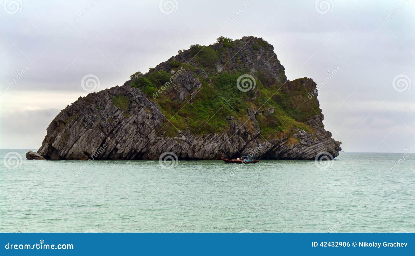 Goleta e isla
