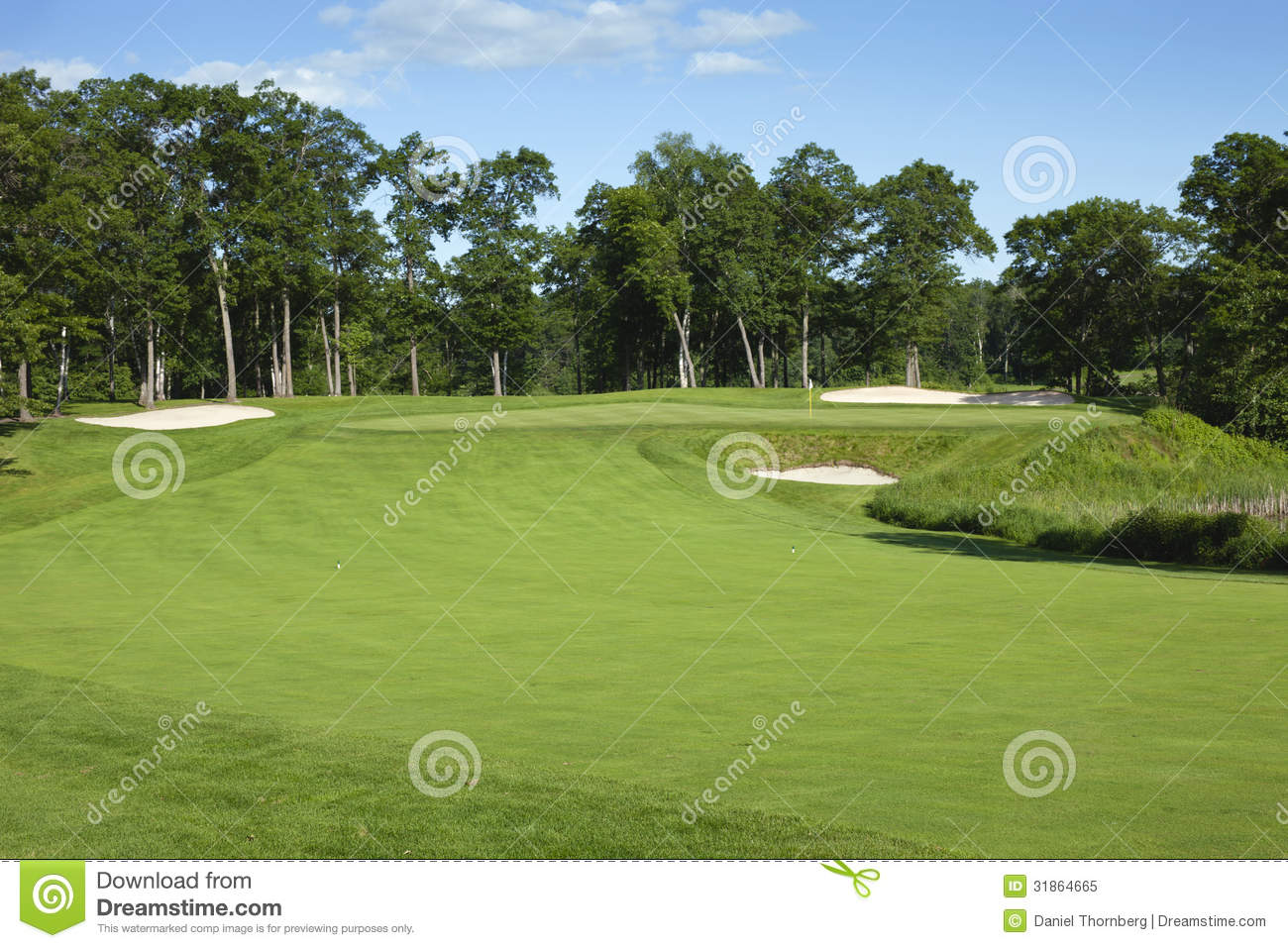 Golf Fairway And Green With Bunkers Royalty Free Stock