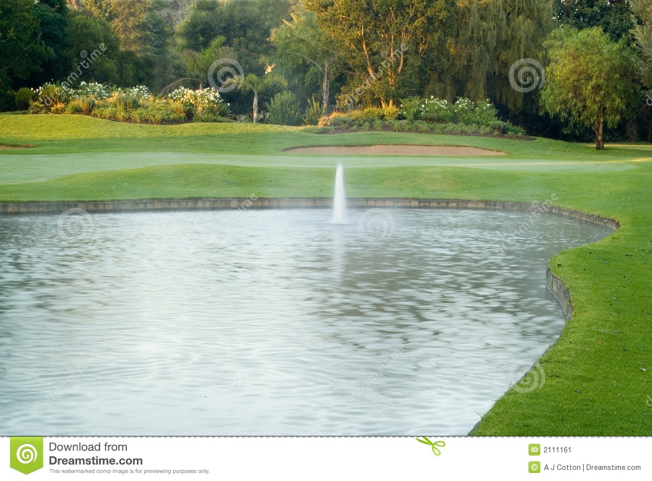 Golf Green And Fountain Stock Image Image 2111161