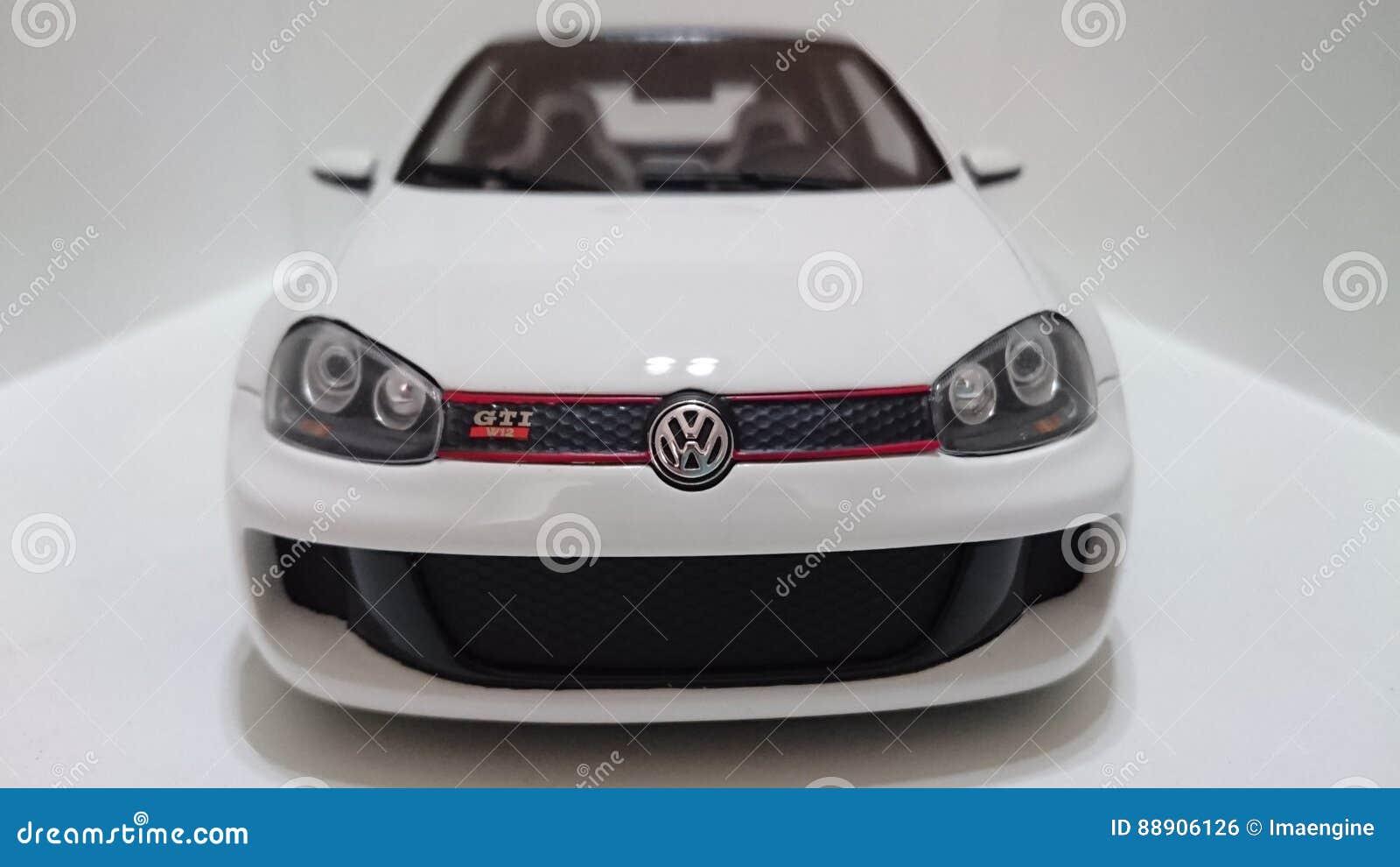 Golf GTI W12 de VW prototype de 650 puissances en chevaux