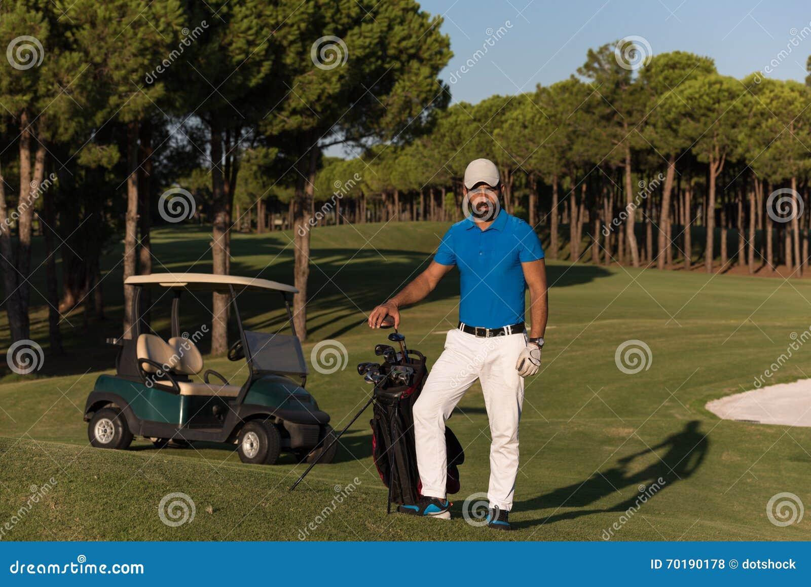 Golfarestående på golfbanan