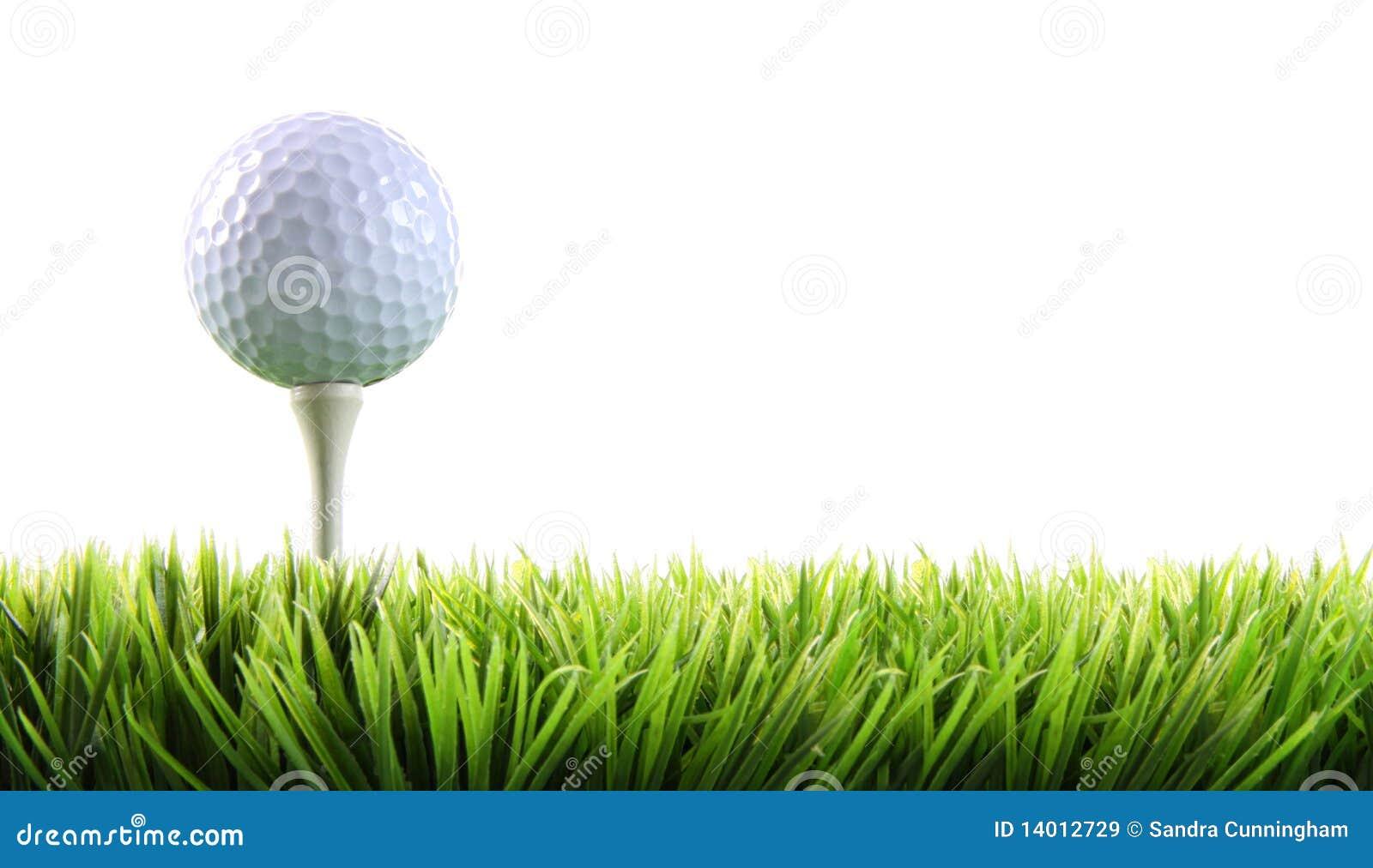 Golfbal met T-stuk in het gras