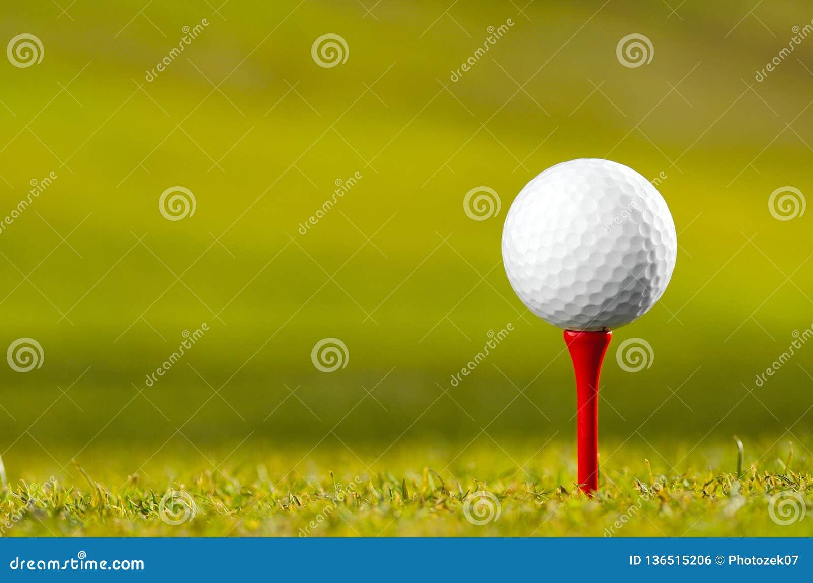 Golfbal op T-stuk