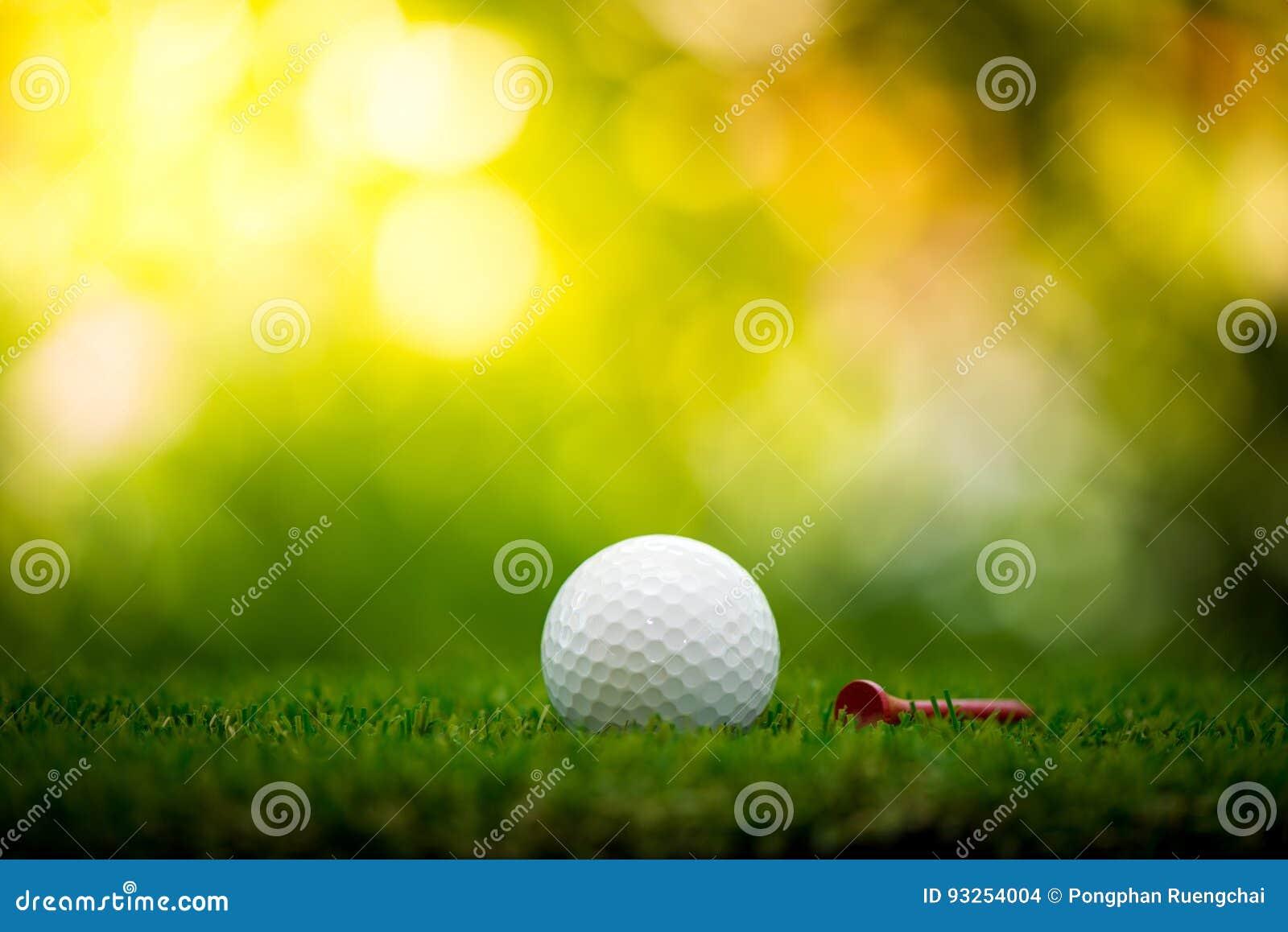 Golfball mit T-Stück