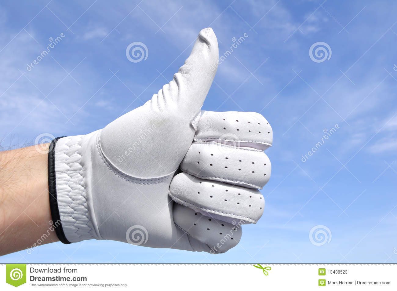 Golfer Giving Thumbs Up Sign Stock Photos - Image: 13488523