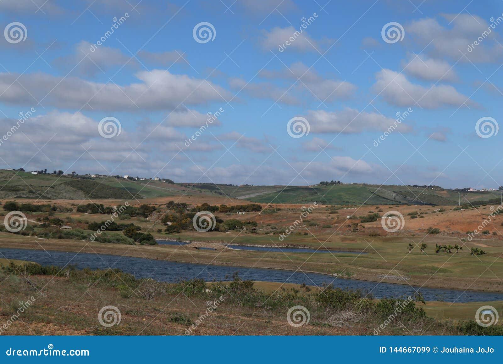Golferholungsort und ein See