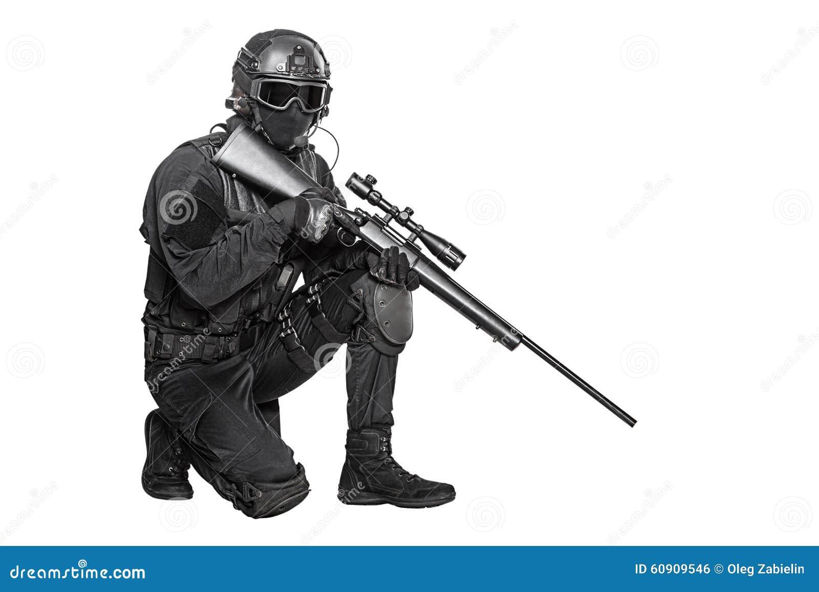 GOLPE VIOLENTO del oficial de policía