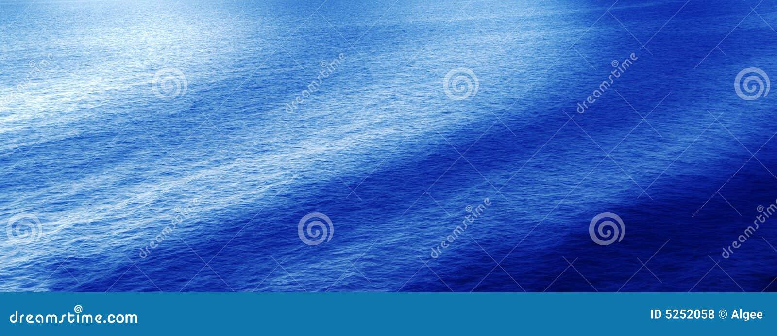 Golven van water