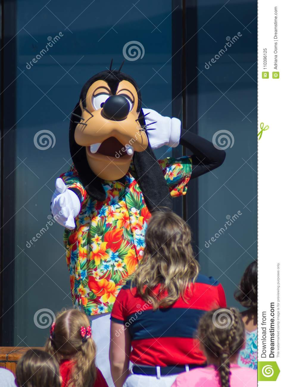 Goofy Dancing In Tropical Outfit Editorial Image Image Of Magic Hawaii 110396125