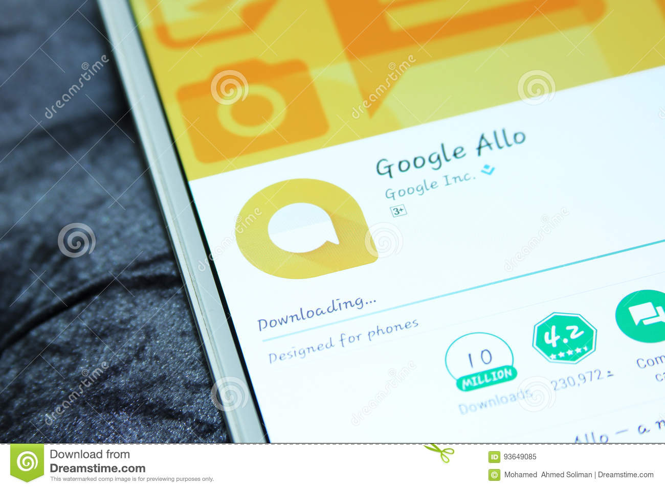 Google Allo Chat Mobile App Editorial Image - Image of