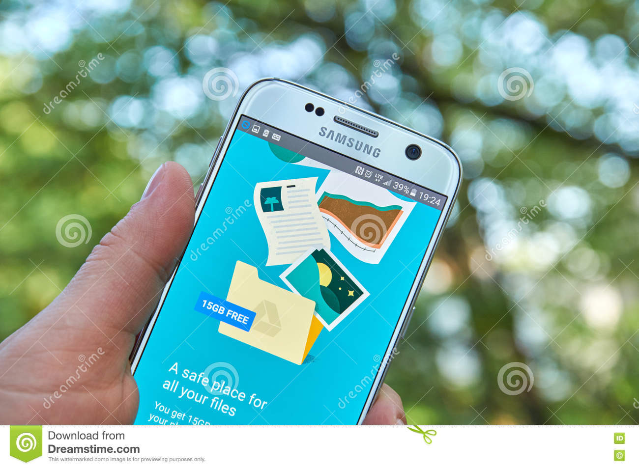 Google Drive app editorial image  Image of gadget