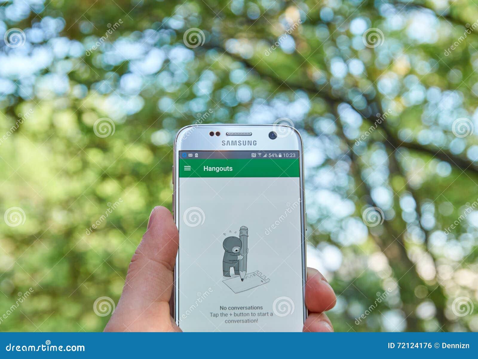 Google Hangouts app editorial photo  Image of calls, modern - 72124176