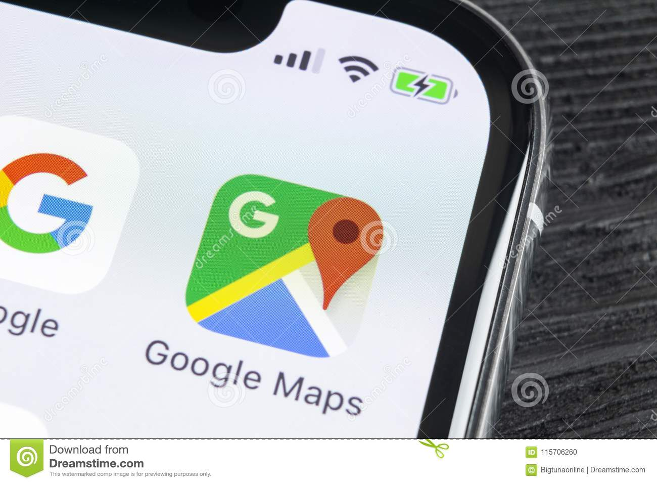 Google Maps Application Icon On Apple IPhone X Screen Close-up ... on