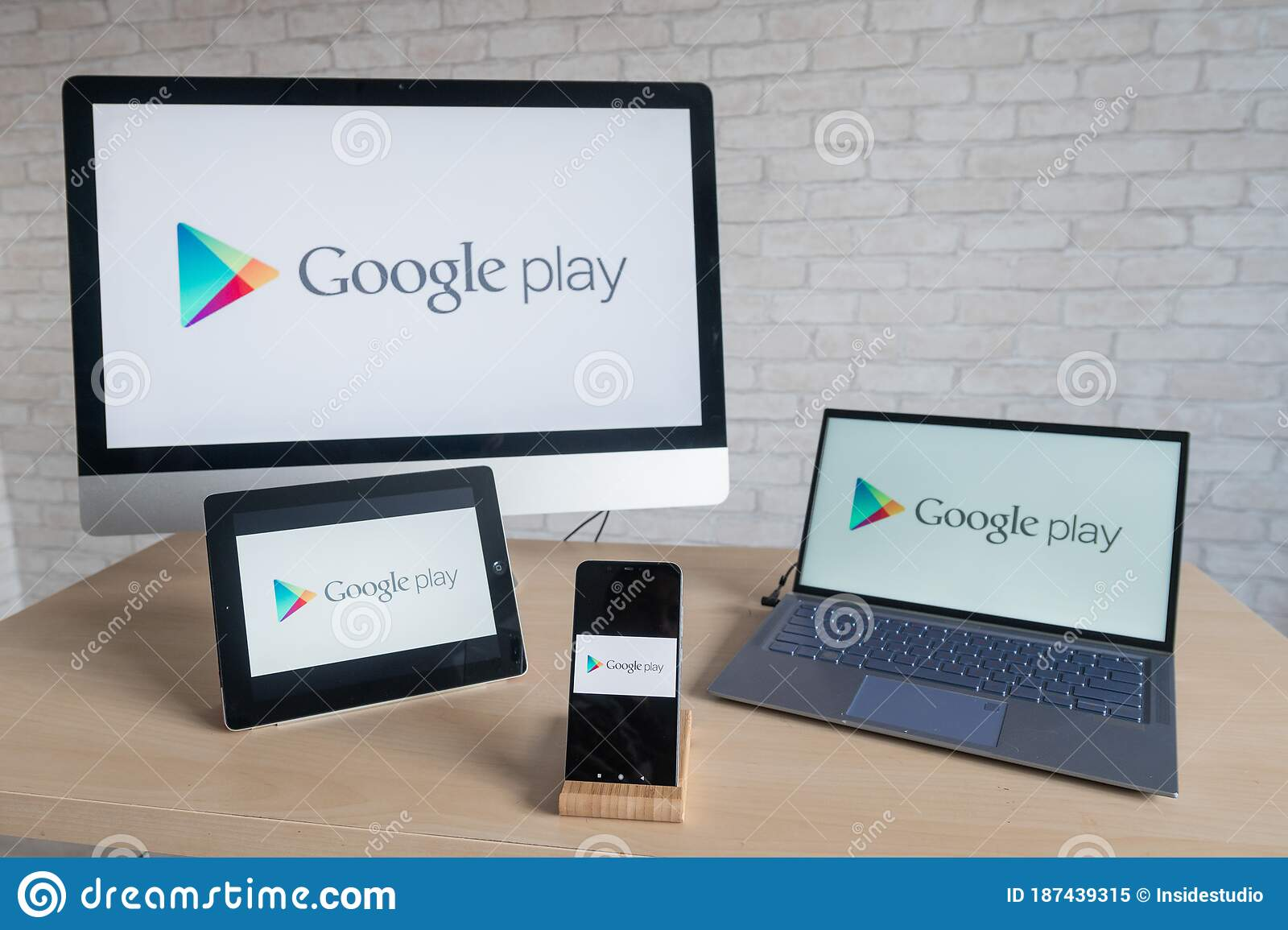 Laptop store download google play How To