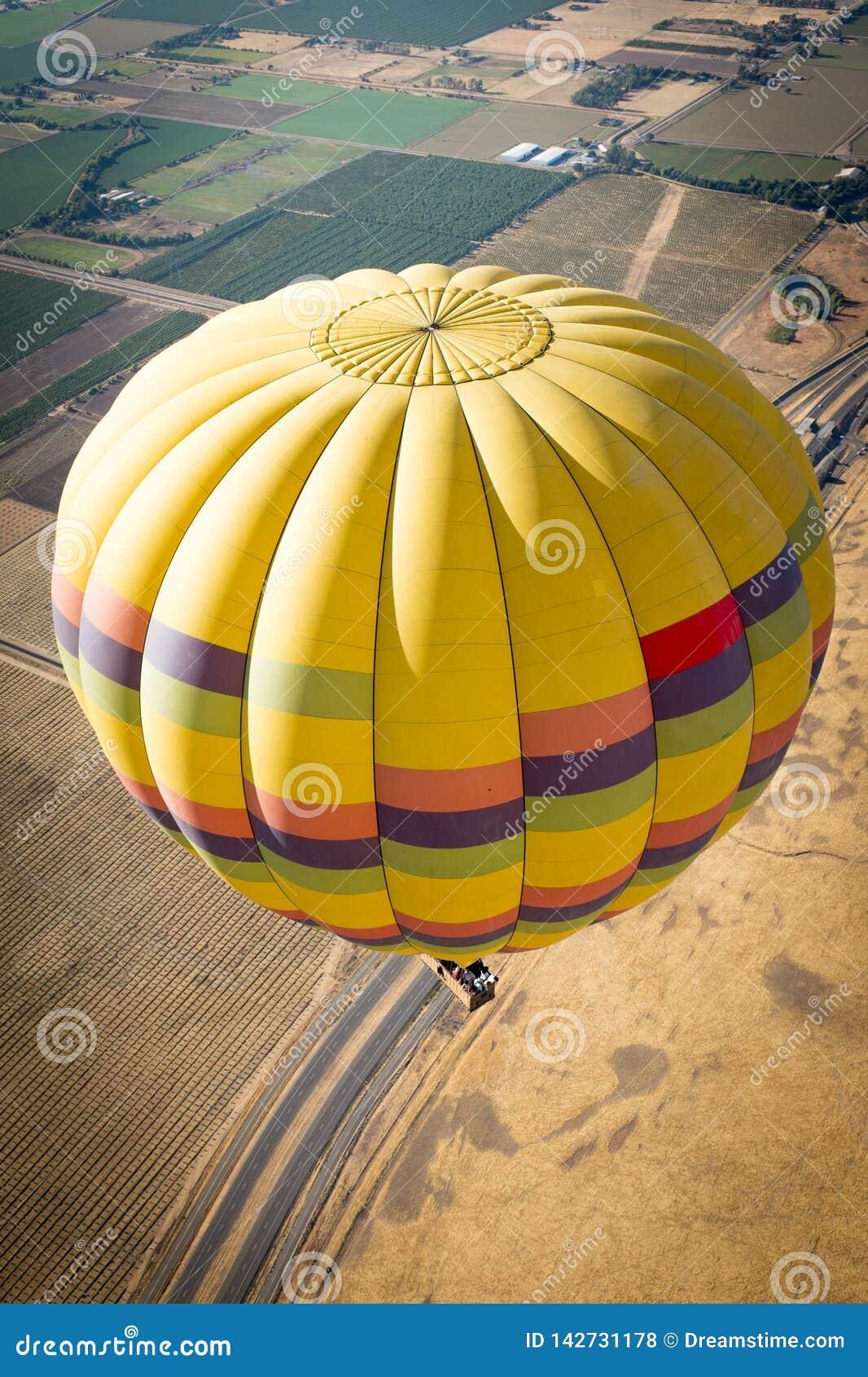 Gorące powietrze balonów Napy dolina