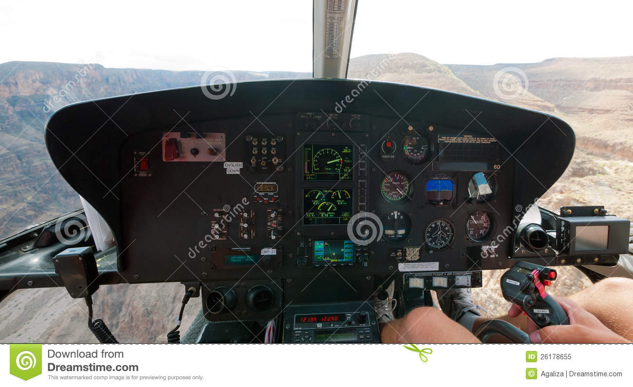 Gorge grande de l 39 int rieur d 39 un h licopt re photo libre for Interieur helicoptere