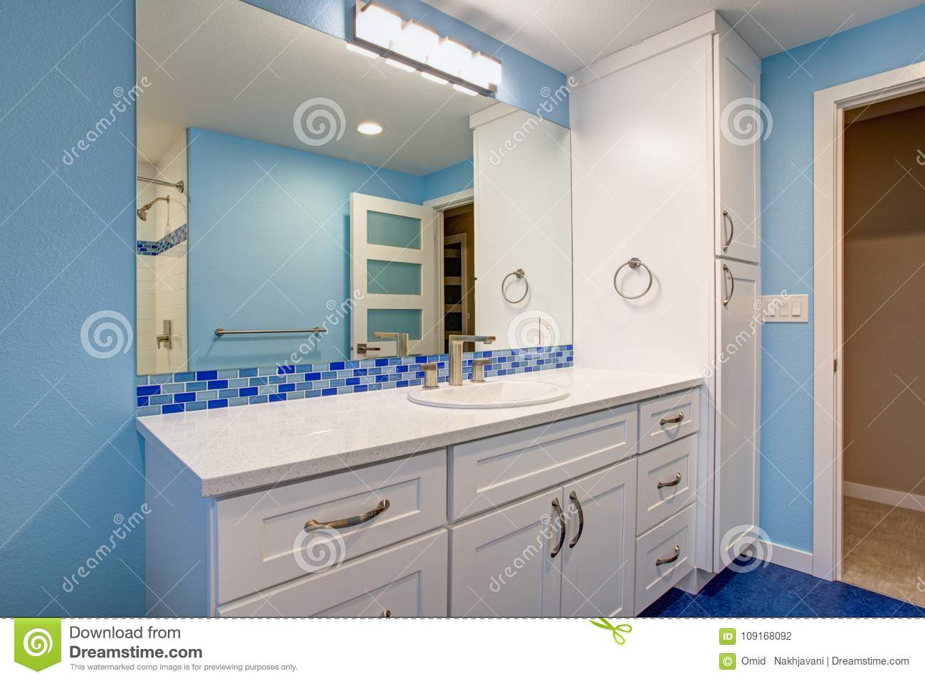 - Gorgeous Bathroom With Blue Walls Stock Photo - Image Of Bath