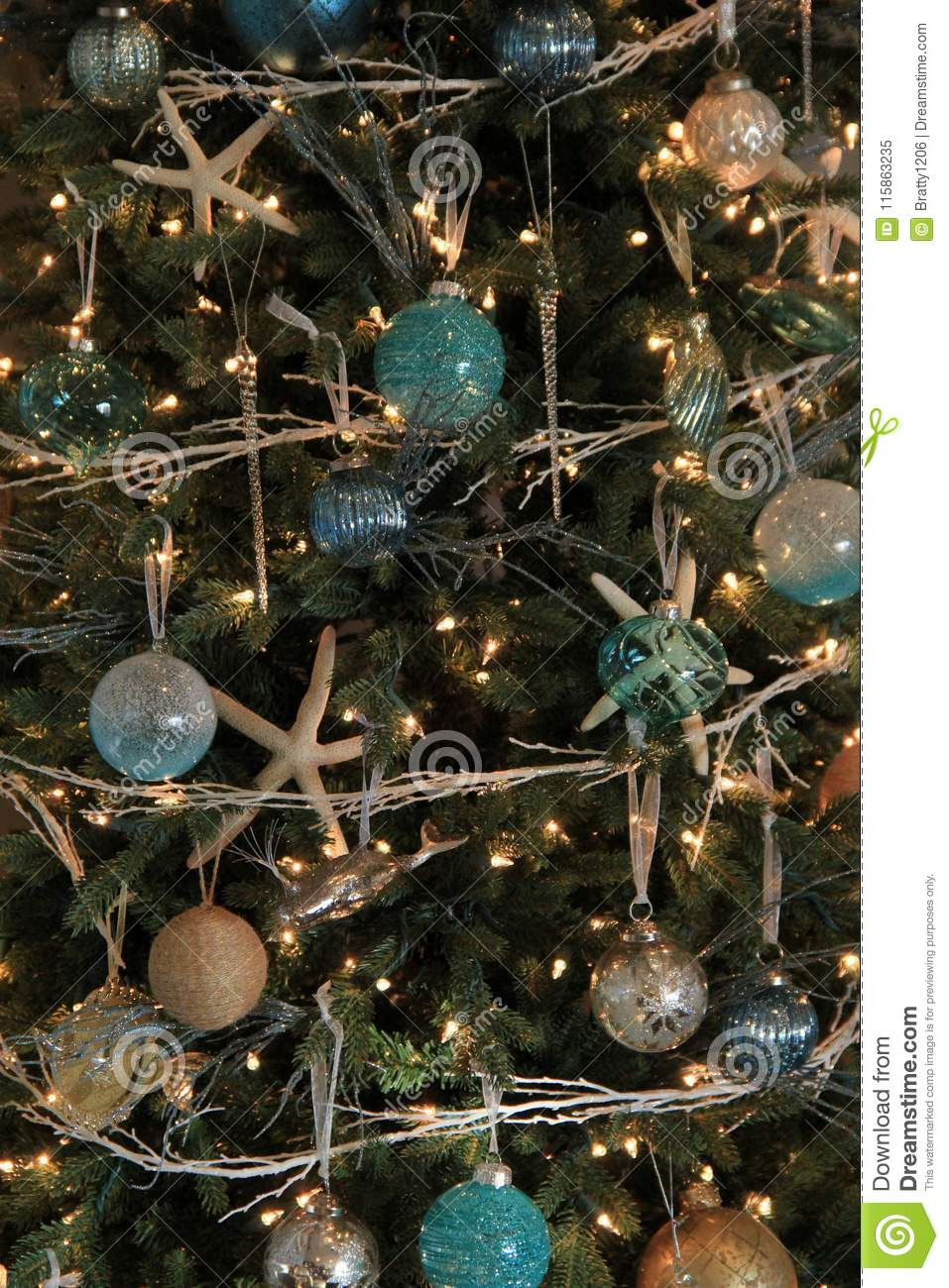 Gorgeous Christmas Tree With Seashore Theme Of Starfish And Other
