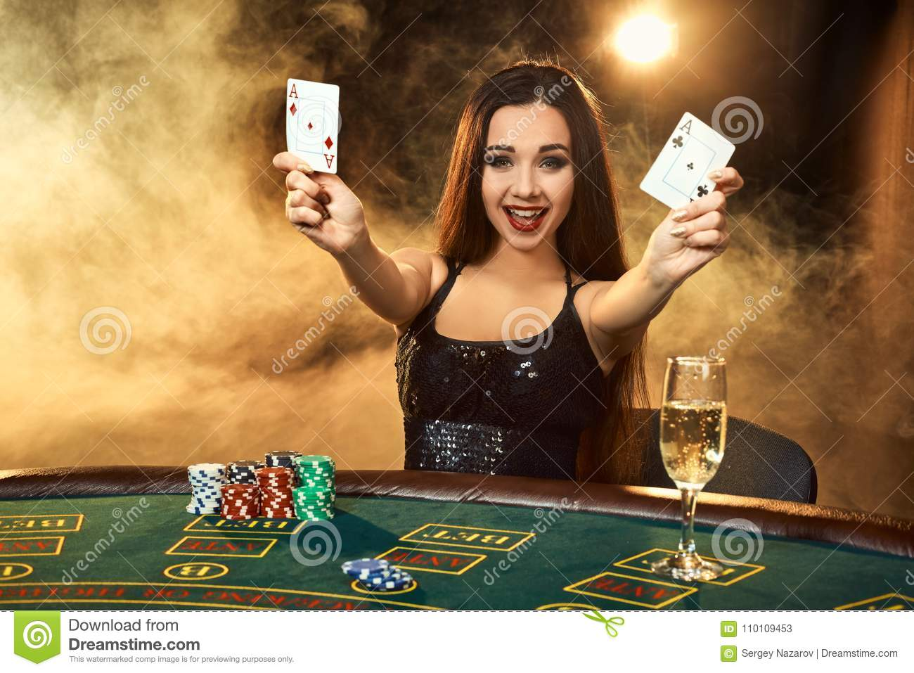 Admirable Gorgeous Young Woman Sitting At Poker Table With Glass Of Home Remodeling Inspirations Basidirectenergyitoicom