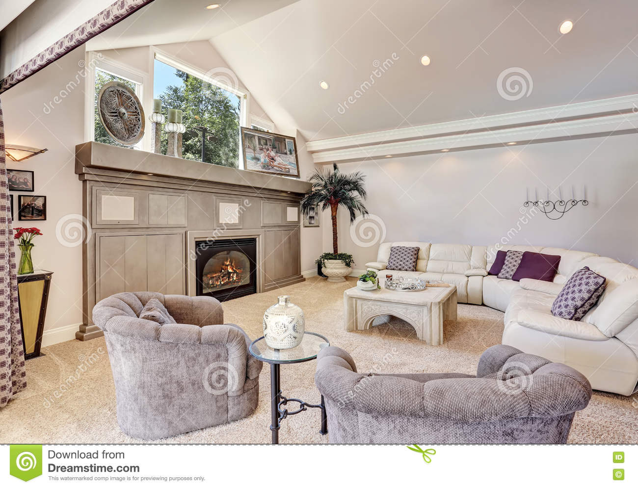 Miraculous Gorgeous Luxury Furnished Family Room Interior Stock Photo Download Free Architecture Designs Licukmadebymaigaardcom