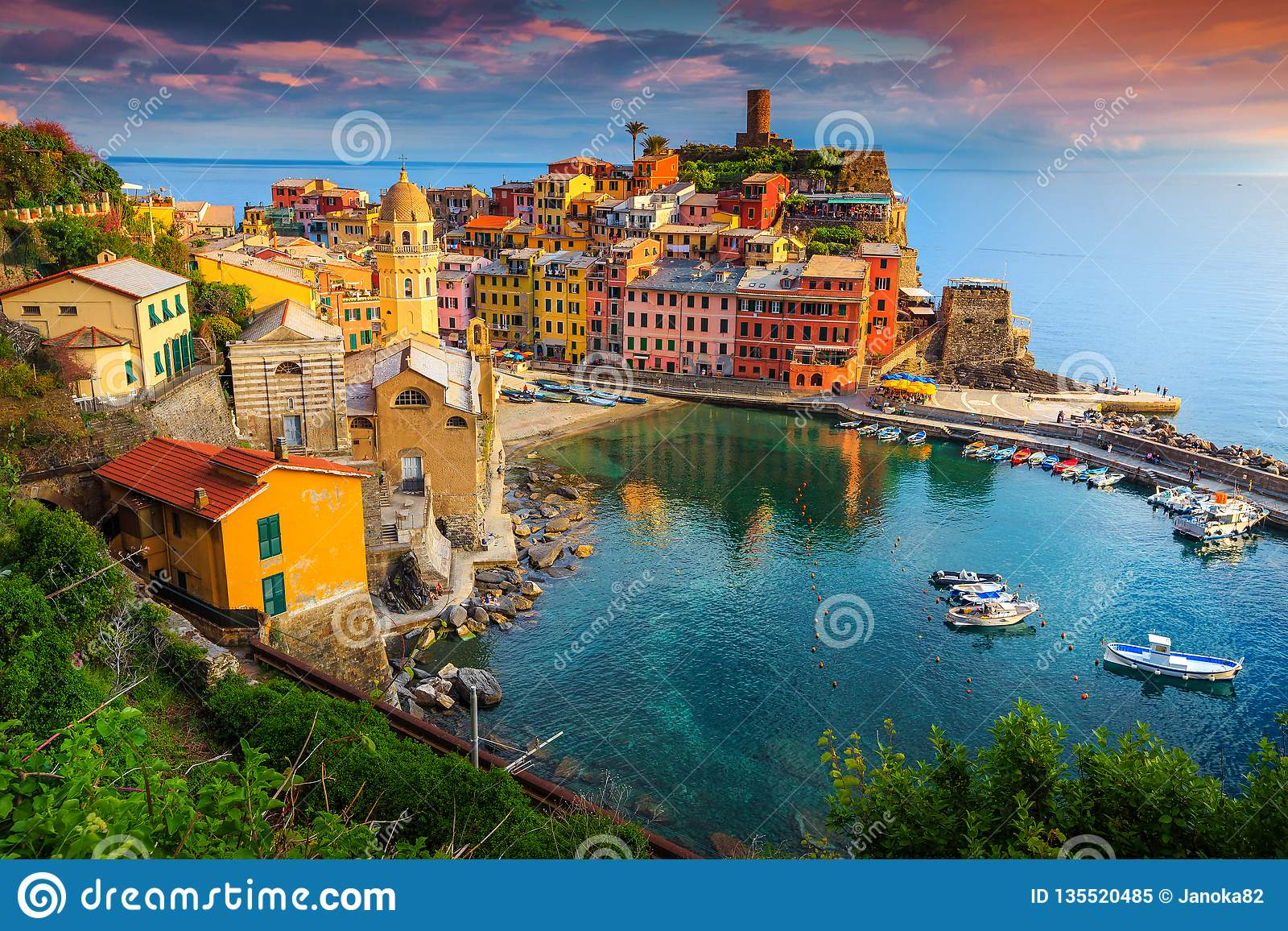 Gorgeous Vernazza village with colorful houses, Cinque Terre, Italy, Europe