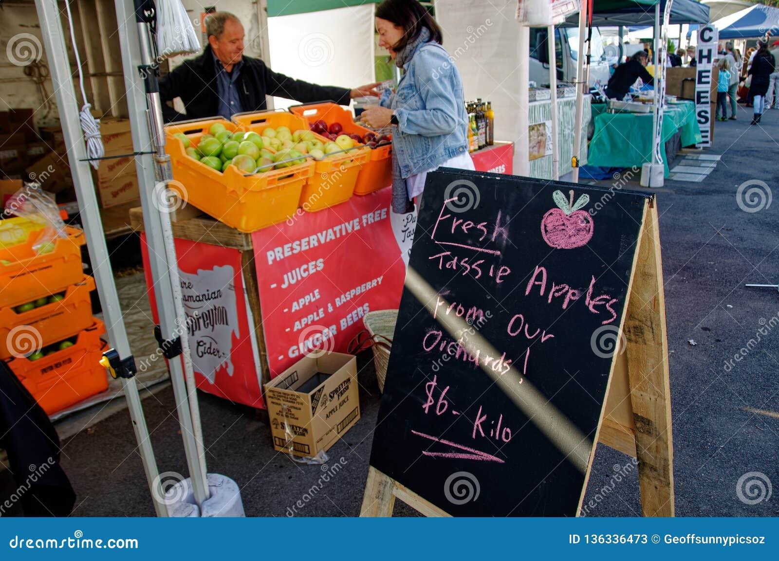 Gosford City Farmers Market Day April, 2017