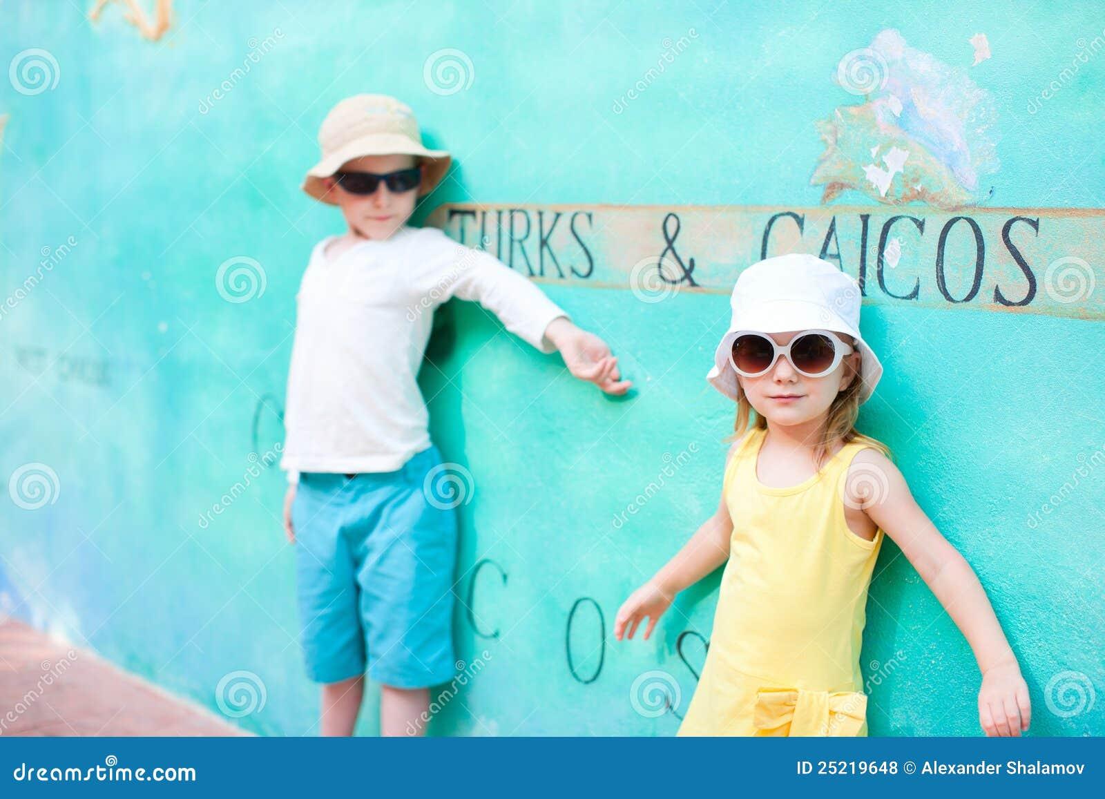 Gosses adorables les Turcs et en Caïques