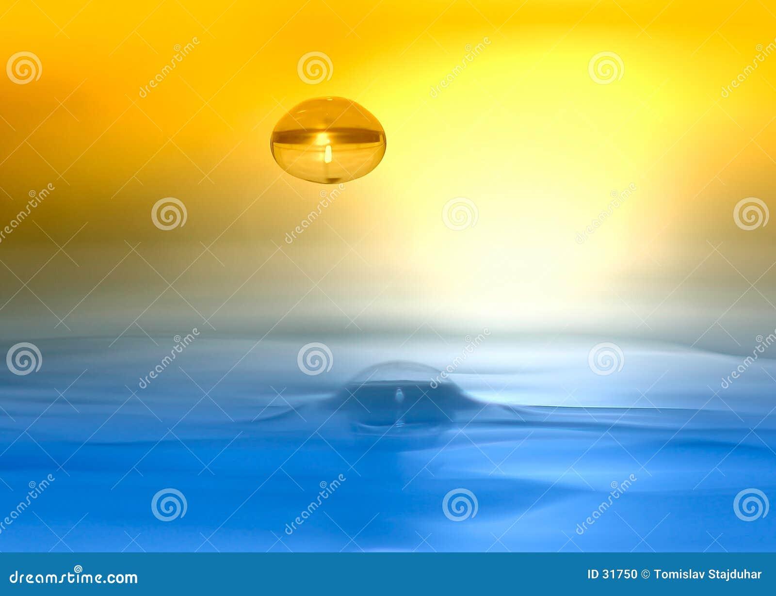 Gota da água colorida