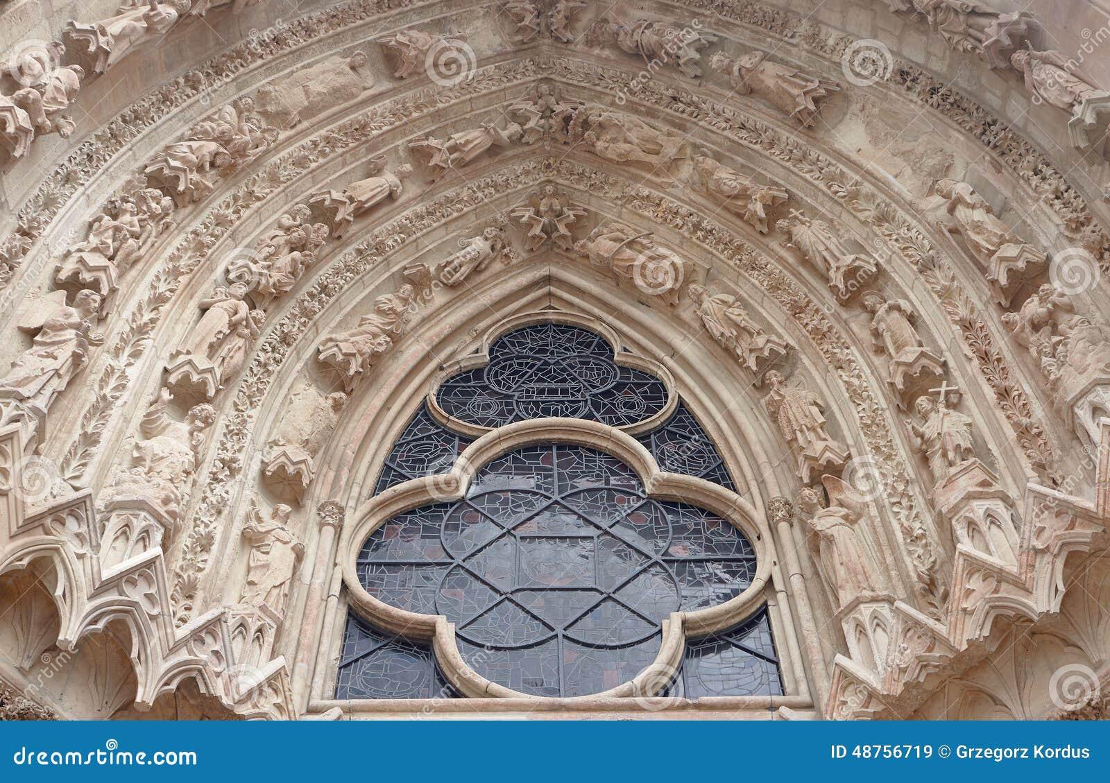 Gotische decoratie van de kathedraal stock foto afbeelding 48756719 - Foto van decoratie ...