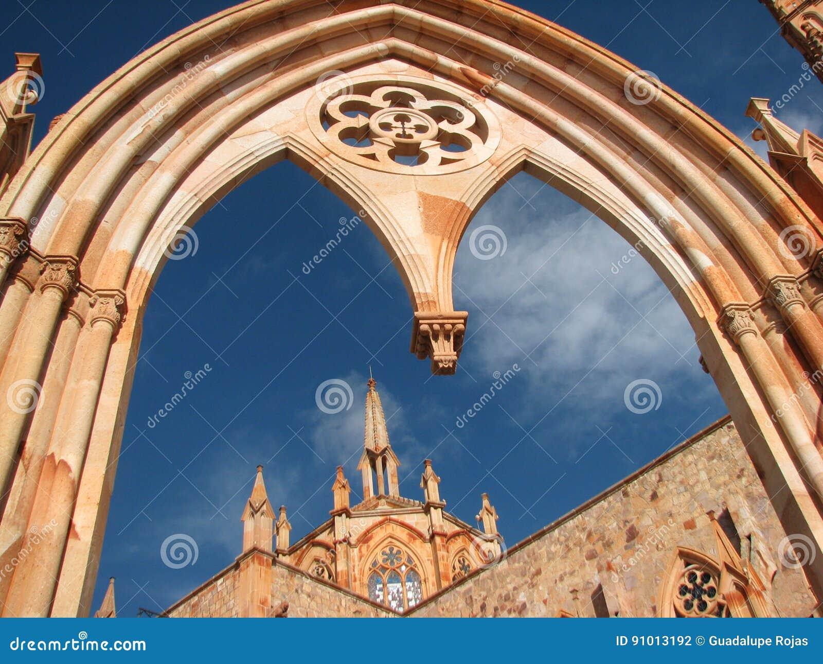 Gotisk kyrka