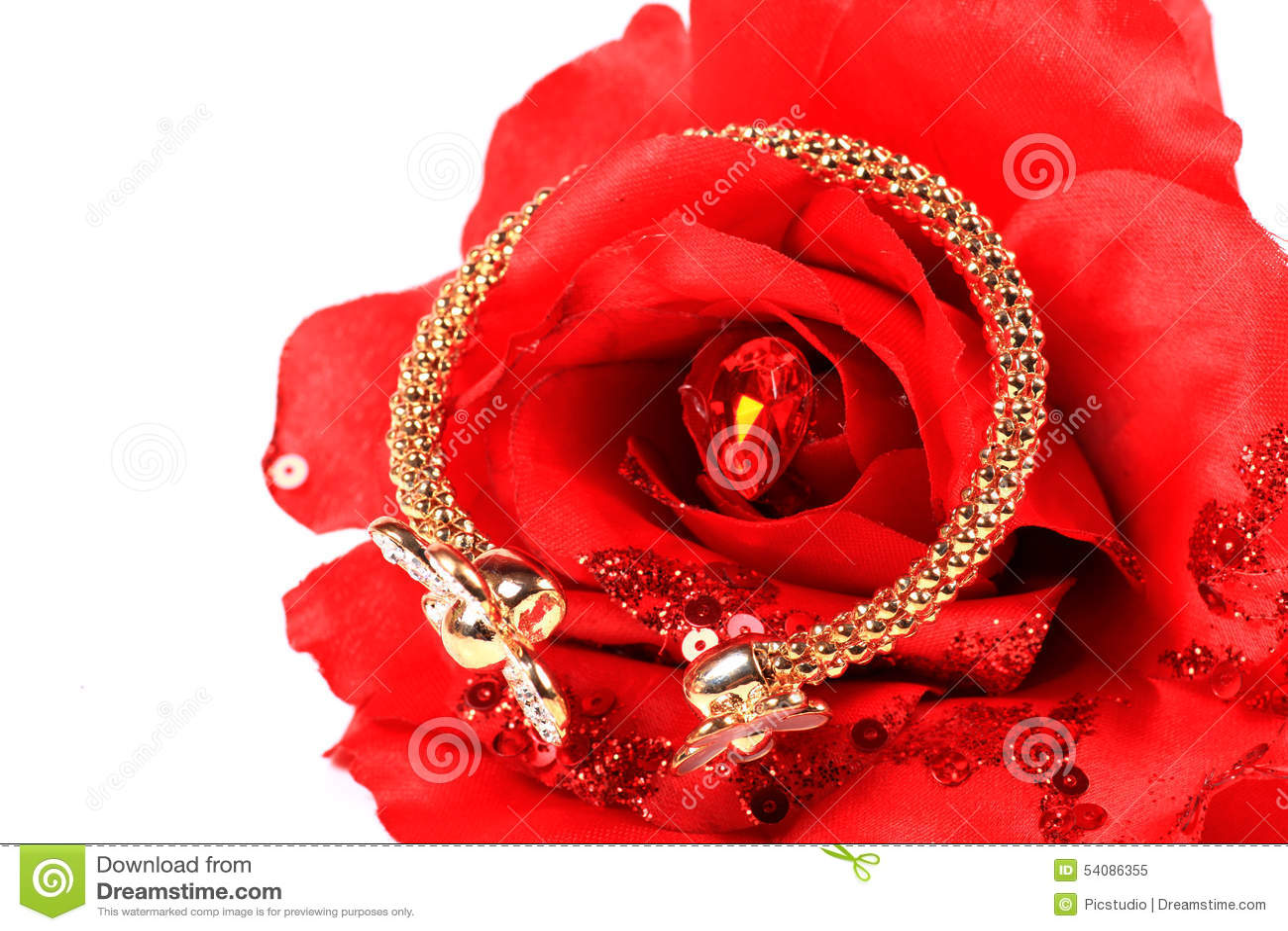 Goud en diamantarmband