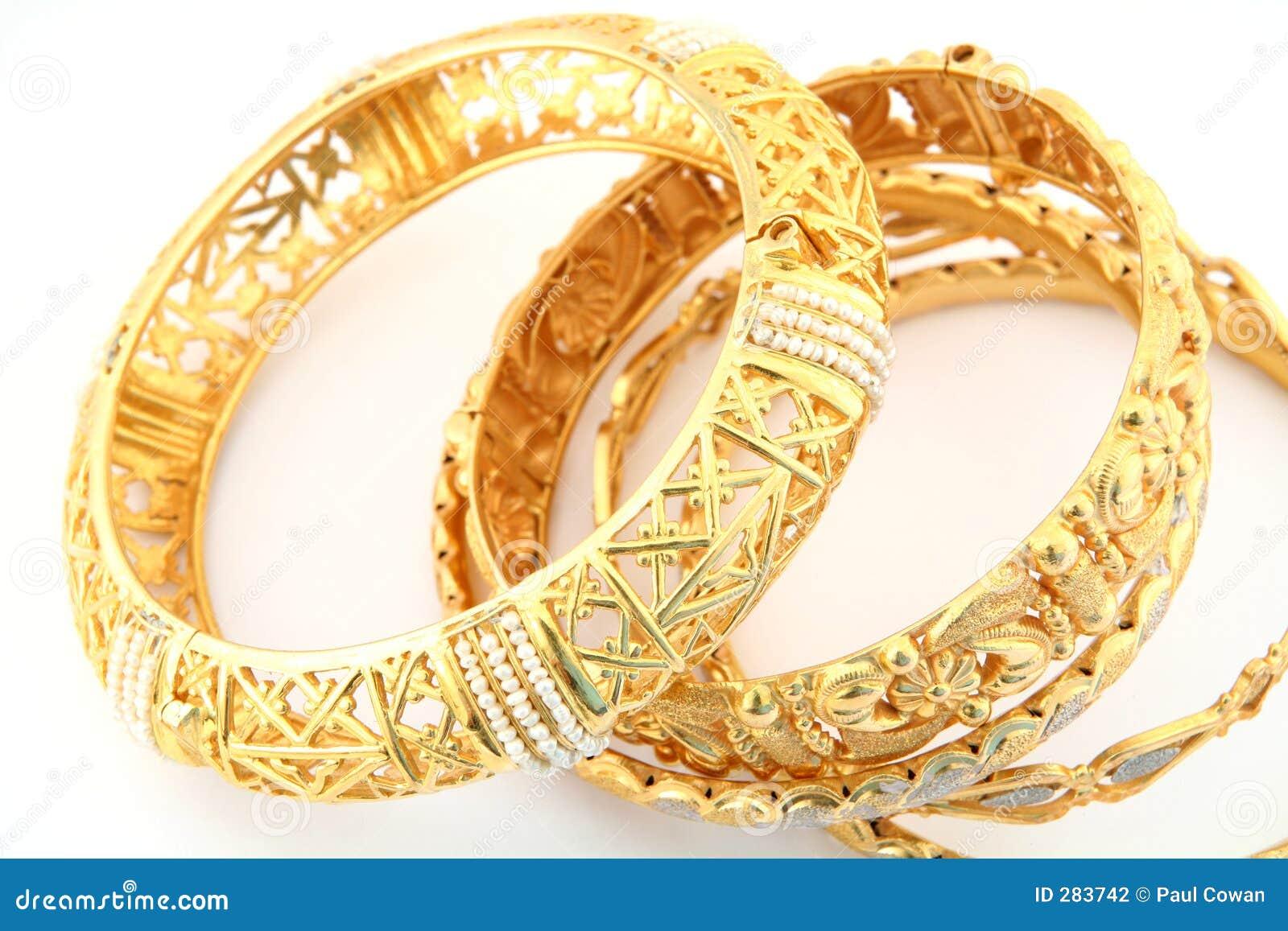 Gouden armbanden 3